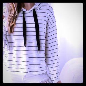 💥NEW💥 Hampton's Striped Hoodie